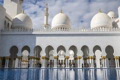 Abu Dhabi Förenade Arabemiraten, JANUARI 04, 2018: Sikt av Royaltyfri Foto