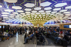 Abu Dhabi-Flughafen Lizenzfreie Stockfotografie