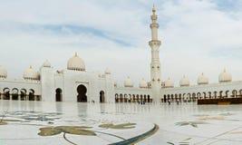 ABU DHABI - 5 GIUGNO: Sheikh Zayed Immagine Stock Libera da Diritti