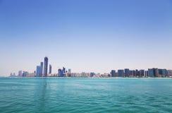 Abu Dhabi horisont uae Arkivbild