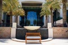 Abu Dhabi I sommaren av 2016 Den gröna oasen på hotellSten Regis Saadiyat Island Resort Arkivfoto