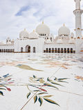 ABU DHABI - JUNE 5: Sheikh Zayed Mosque Royalty Free Stock Images
