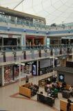 Abu Dhabi Marina Mall i UAE Royaltyfri Bild