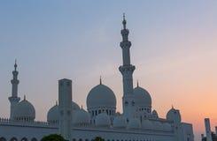 Abu Dhabi-Moschee bei Sonnenuntergang Stockfoto