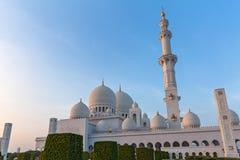 Abu Dhabi-Moschee bei Sonnenuntergang Lizenzfreies Stockbild