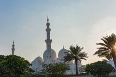 Abu Dhabi-Moschee bei Sonnenuntergang Lizenzfreie Stockfotografie