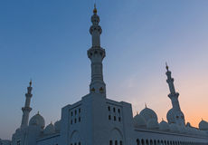 Abu Dhabi-Moschee bei Sonnenuntergang Lizenzfreies Stockfoto