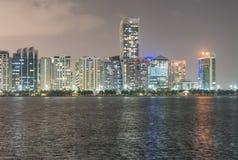 Abu Dhabi-Nachtskyline, UAE Stockfotografie