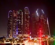 Abu Dhabi Night Royaltyfri Bild