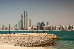 Abu Dhabi-Panorama Lizenzfreie Stockfotos