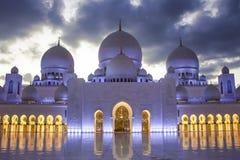Abu Dhabi ` s Sheikh Zayed Mosque Stock Afbeelding