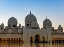 Abu Dhabi Sheikh Zayed Mosque nachts Lizenzfreies Stockfoto