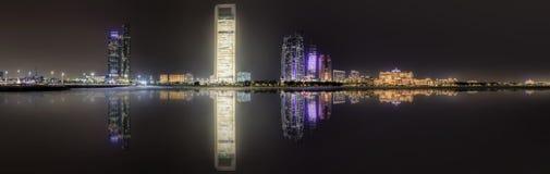 Abu Dhabi Skyline Stockbilder