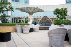 Abu Dhabi Sommer 2016 Helles und modernes Innenluxushotel St. Regis Abu Dhabi Corniche Lizenzfreie Stockfotos
