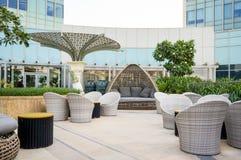 Abu Dhabi Sommer 2016 Helles und modernes Innenluxushotel St. Regis Abu Dhabi Corniche Stockbilder