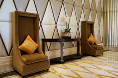 Abu Dhabi Sommer 2016 Helles und modernes Innenluxushotel St. Regis Abu Dhabi Corniche Stockfoto