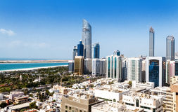 Abu Dhabi stad Arkivbild