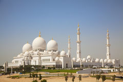 Abu Dhabi storslagen moské uae Royaltyfria Bilder
