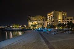 Abu Dhabi-Strandfront hotyels Lizenzfreies Stockfoto