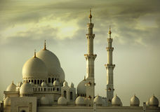 Abu Dhabi tusen dollarmoské Royaltyfri Fotografi