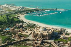 Abu Dhabi /UAE- 14 de noviembre de 2017: Vista aérea del palacio Abu Dhabi de los emiratos fotos de archivo