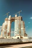 ABU DHABI, UAE - 8. DEZEMBER 2016: Fairmont Marina Residence ist Stockbild