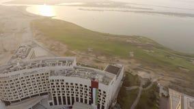 ABU DHABI, UAE - DEZEMBER 2016: Panoramablick von Yas-Insel aer Lizenzfreie Stockfotos