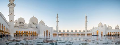Abu Dhabi, UAE am 4. Januar 2018 Sheikh Zayed Grand Mosque in Abu Dhabi Stockfotos