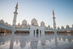 Abu Dhabi UAE, 04 Januari 2018, Sheikh Zayed Grand Mosque i Abu Dhabi Fotografering för Bildbyråer