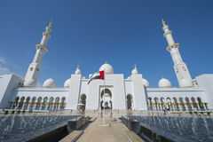 ABU DHABI UAE -19 MARS 2016: Sheikh Zayed Grand Mosque i Abu Dhabi, Förenade Arabemiraten Royaltyfri Foto