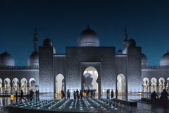 Abu Dhabi, United Arab Emirates - March 12th, 2019: View on Sheikh Zayed Grand Mosque at night stock photos