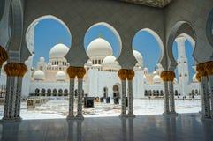 abu dhabi uroczysty meczet Fotografia Royalty Free