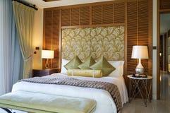 Abu Dhabi Verano 2016 St interior brillante y moderno Regis Saadiyat Island Resort del hotel de lujo Fotografía de archivo