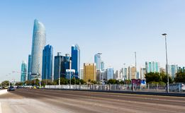 Abu Dhabi, Vereinigte Arabische Emirate - 27. Januar 2018: Panoramisches VI Stockbild