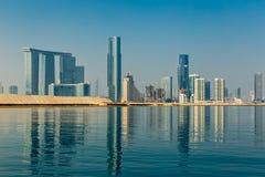 Abu Dhabi, Vereinigte Arabische Emirate, Oktober 27,2017: Gebäude auf A Stockbild