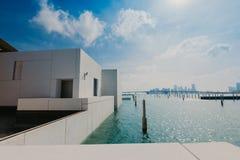 Abu Dhabi, Verenigde Arabische Emiraten, 06 JANUARI, 2019, Binnenlands van het Louvremuseum, Abu Dhabi, Beeld stock fotografie