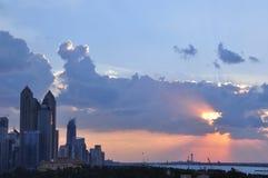 Abu Dhabi Western-Himmel Lizenzfreies Stockbild
