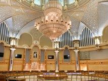 Abu Dhabi, Zjednoczone Emiraty Arabskie, Marzec, 19, 2019 Hall duch współpraca w pałac prezydenckim, pałac Qasr Al Watan obraz royalty free