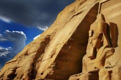 Abu Simbel,埃及。 古老埃及法老王Rameses第2 免版税库存照片