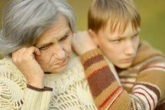Abuela con el muchacho Fotografía de archivo libre de regalías