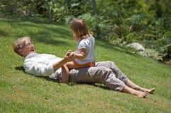 Abuela y nieto felices Imagen de archivo libre de regalías