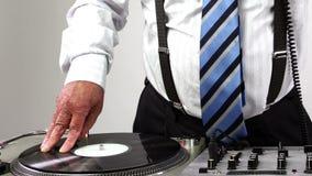 Abuelo impresionante DJ almacen de video