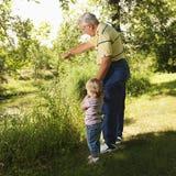 Abuelo y muchacha Foto de archivo libre de regalías