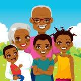 Abuelos afroamericanos con los nietos Fotos de archivo libres de regalías