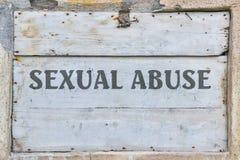 Abusos sexuales del texto imagenes de archivo