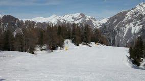 Abwärts Ski fahren stock footage