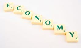 Abwärtstrend bei der Wirtschaftlichkeit. Lizenzfreies Stockbild