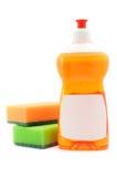 Abwasch-Flüssigkeit und Schwämme Lizenzfreies Stockbild