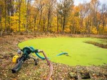 Abwasser-Teich Stockfoto