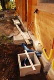 Abwasser-und Wasser-Kontrollschächte Stockbild